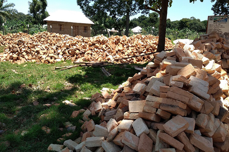 Einige der lokalen Materialien wurden von der Community beigesteuert