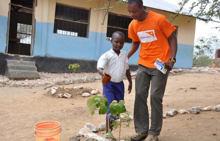 World Vision unterstützt die Menschen vor Ort