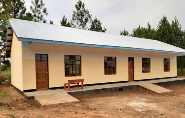 Das neue Schulgebäude ist fertig